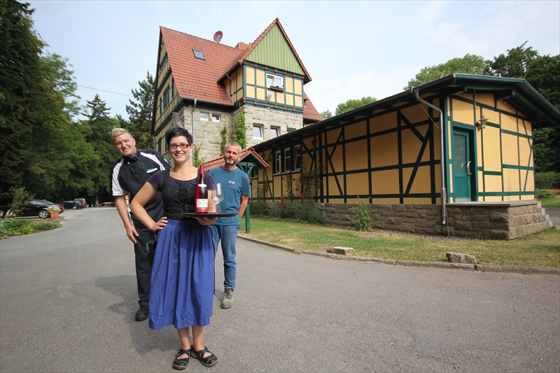 Alter Bahnhof Stefan Perach Sandra Perach Ronald Schollmeyer (8)
