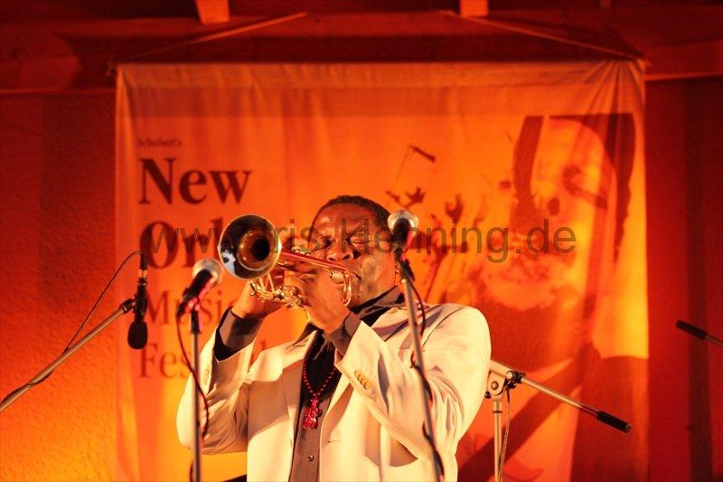 130803-terrence-ngassa-beim-new-orleans-festival-75