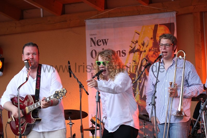 130803-the-sazerac-swingers-beim-new-orleans-festival-110