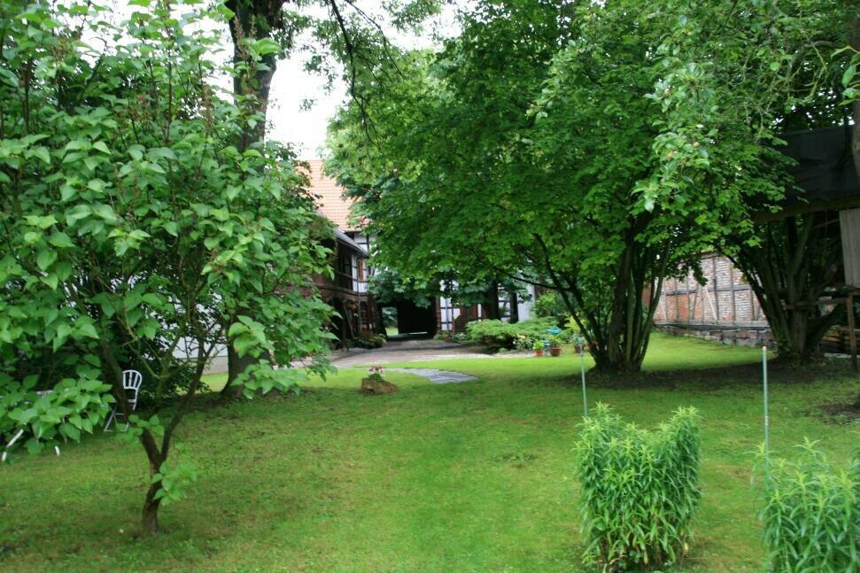 ih090621-pfarrgarten-in-bollstedt-5