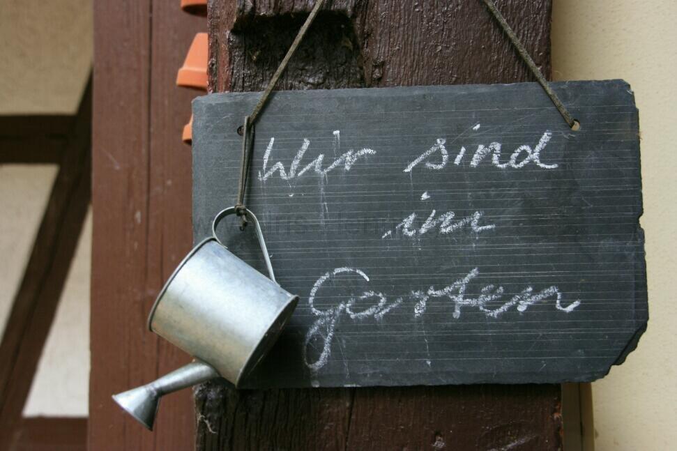 ih090621-pfarrgarten-in-bollstedt