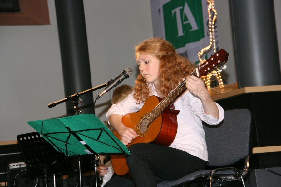 ta-cafe-gitarrenmusik-zum-advent-25